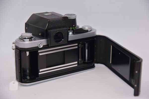Nikon-F2-Photomic-body-chrome - DSC_0003-min