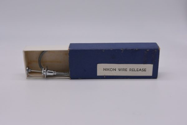 Other - Nikon-Wire-release-in-blue-box
