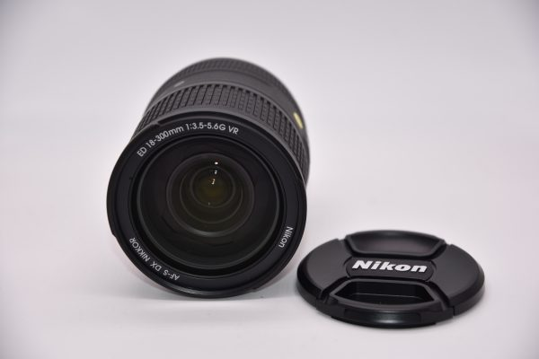 18-300mm-72081427 - DSC_0011-min