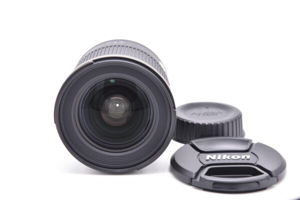 24mm1.8g-225251 - DSC_0008-min