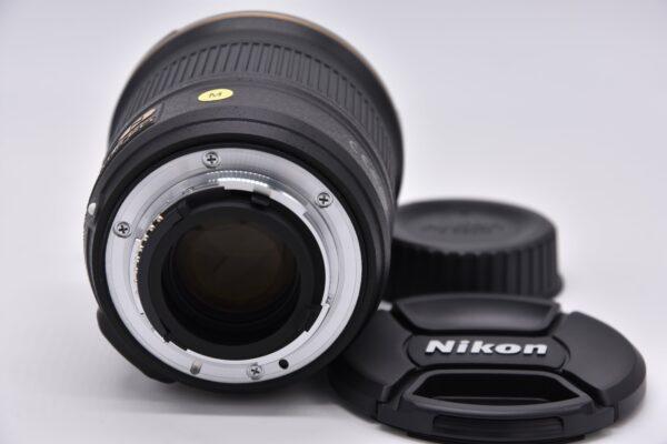 24mm1.8g-225251 - DSC_0009-min