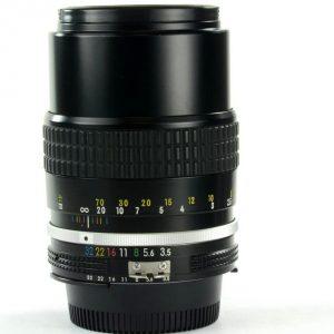 Secondhand-manuallenses - 135mm-f3.5-ai