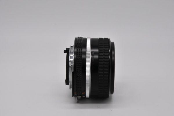 50mm-1.4f03-12 - DSC_0042-min