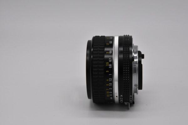 50mm-1.4f03-12 - DSC_0043-min