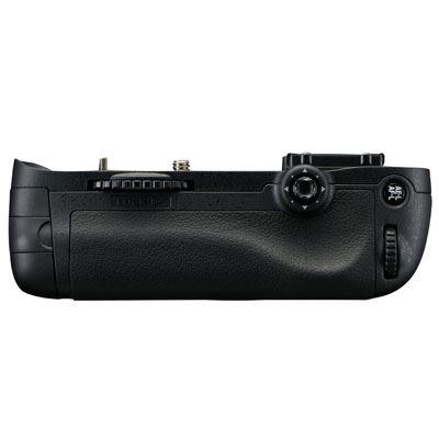 battery-grips - MB-D14