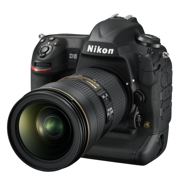 nikon-d5 - D5_24_70VR_front34l.jpg