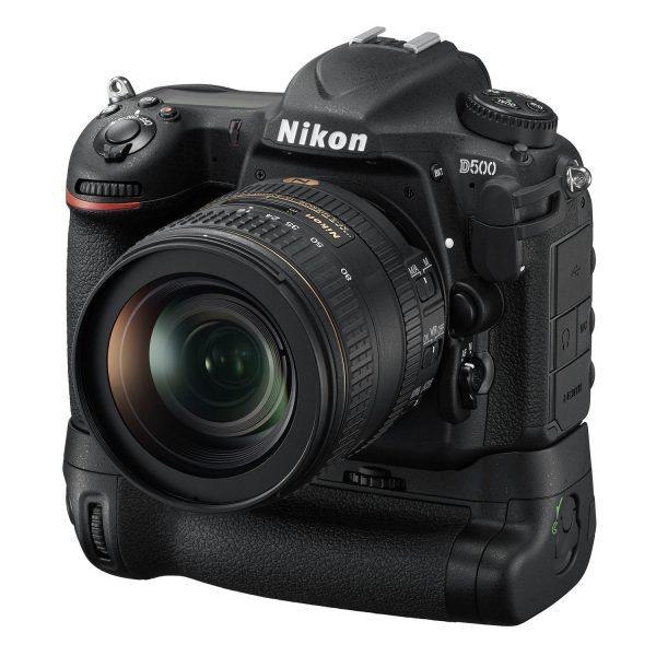 nikon-d500 - D500_16_80E_MBD17_frt34l.jpg