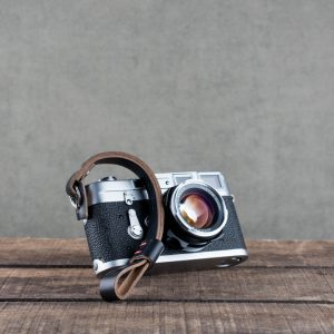 oxford-black-riveted - Hawkesmill-Black-Oxford-Leather-Camera-Wrist-Strap-For-Nikon-Leica-Sony-Fujifilm