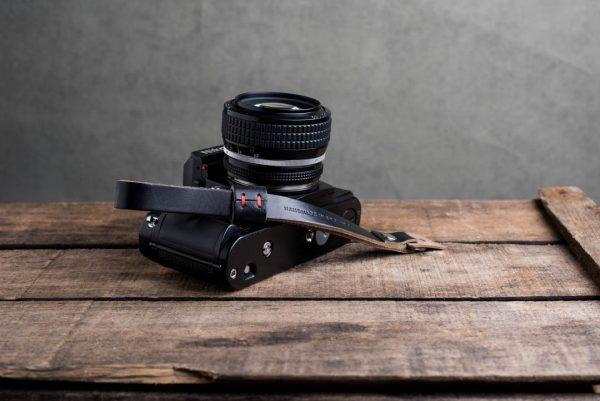 oxford-black-riveted - Hawkesmill-Oxford-Black-Leather-Camera-Strap-Nikon-F3-1