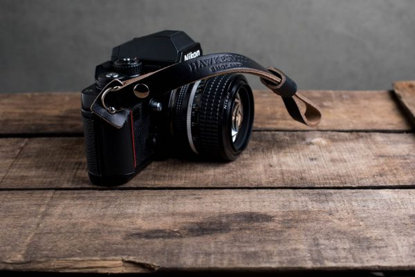 oxford-black-riveted - Hawkesmill-Oxford-Black-Leather-Camera-Strap-Nikon-F3-3