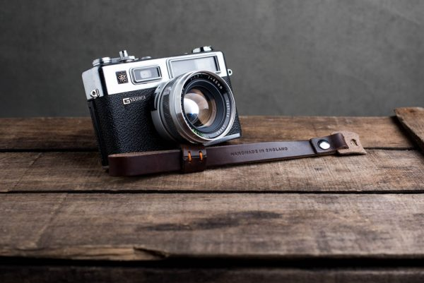 oxford-brown-riveted - Hawkesmill-Oxford-Brown-Leather-Camera-Strap-Nikon-Yashica-Electro-2