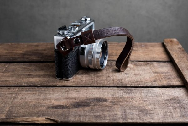 oxford-brown-riveted - Hawkesmill-Oxford-Brown-Leather-Camera-Strap-Nikon-Yashica-Electro-4